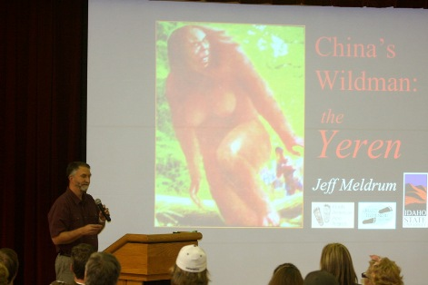 Dr. Meldrum gives a presentation at the 2008 Texas Bigfoot Conference.